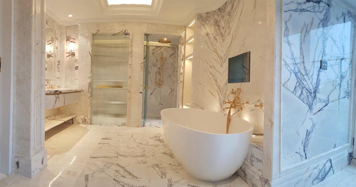 Bathroom Lilac White